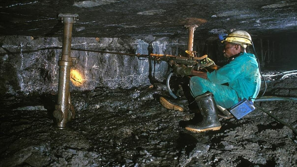 Overstaffed Eskom to destroy 90 000 mining jobs, warns Minerals Council SA
