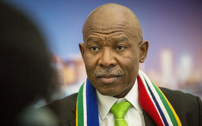2 out of 5 MPC members wanted to cut rates. Lesetja Kganyago said, 'No!'