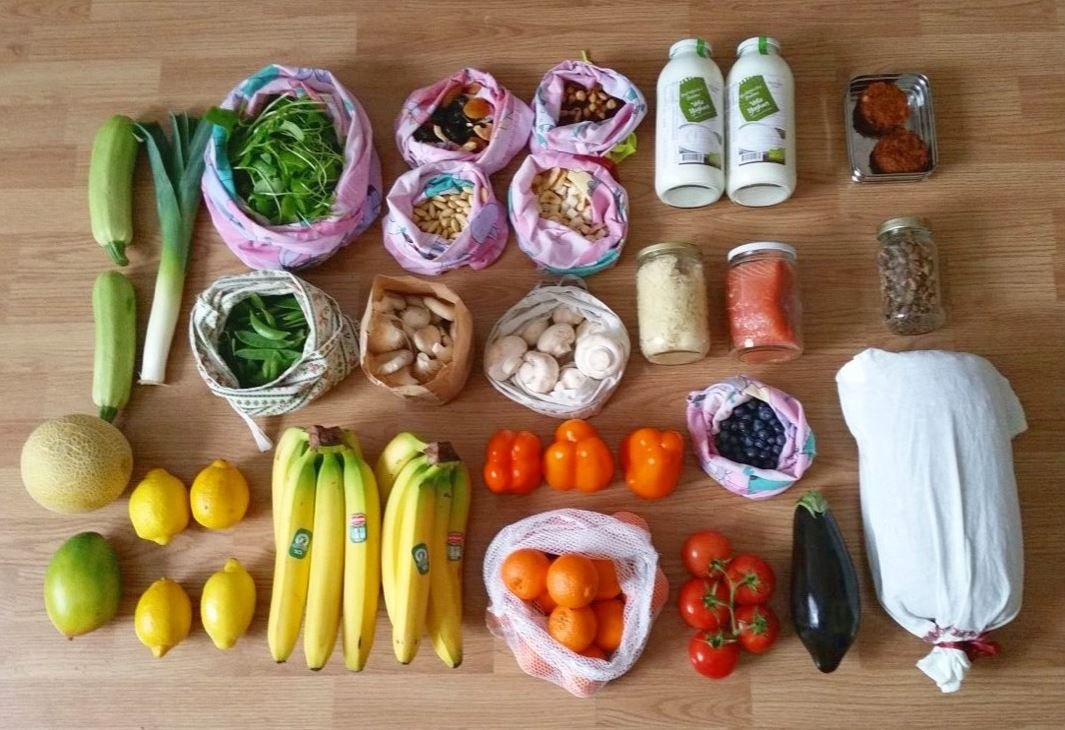 Hate plastic? Grocer Nude Foods doesn't have any of it! It's also cheaper…