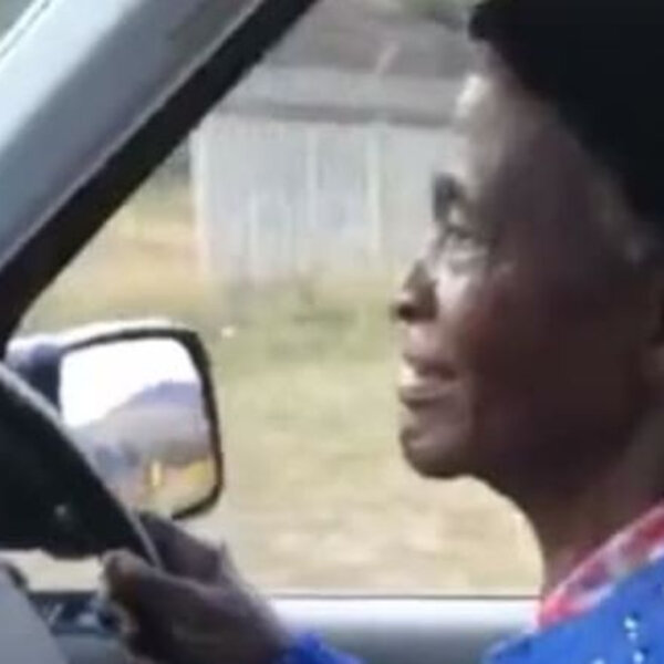 What's Gone Viral - 80-year-old Gogo's first hilarious driving experience