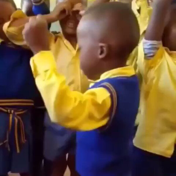 What's Viral - Little boy praying for classmates has social media in stitches