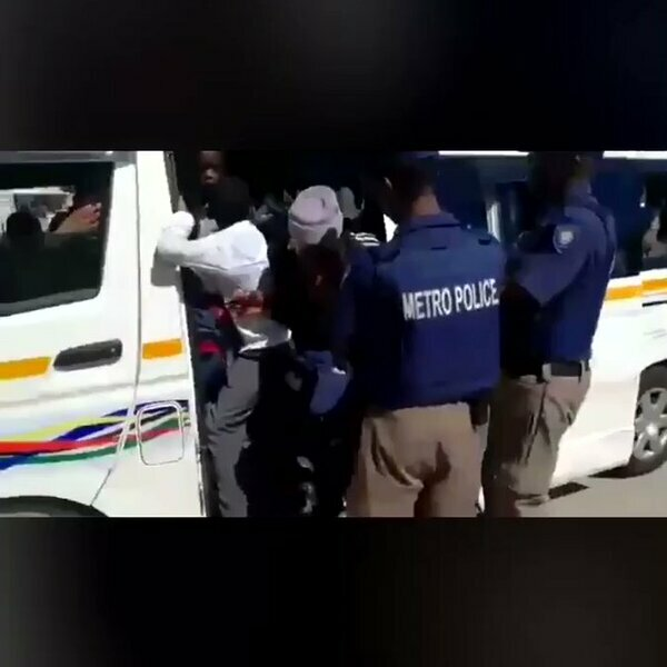 What's gone Viral - Video of 46 children in a taxi