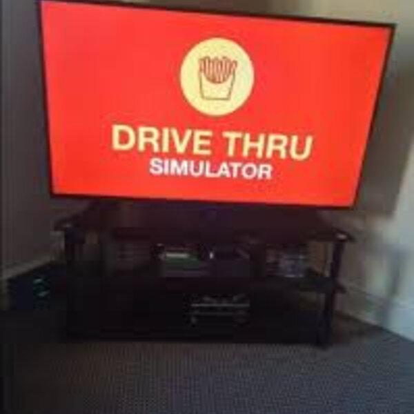 What's Viral - Mum creates virtual McDonald's drive-thru for birthday treat