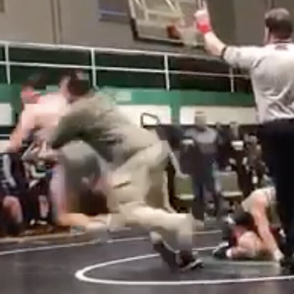 What's Gone Viral - Father tackles son's opponent at high school wrestling match