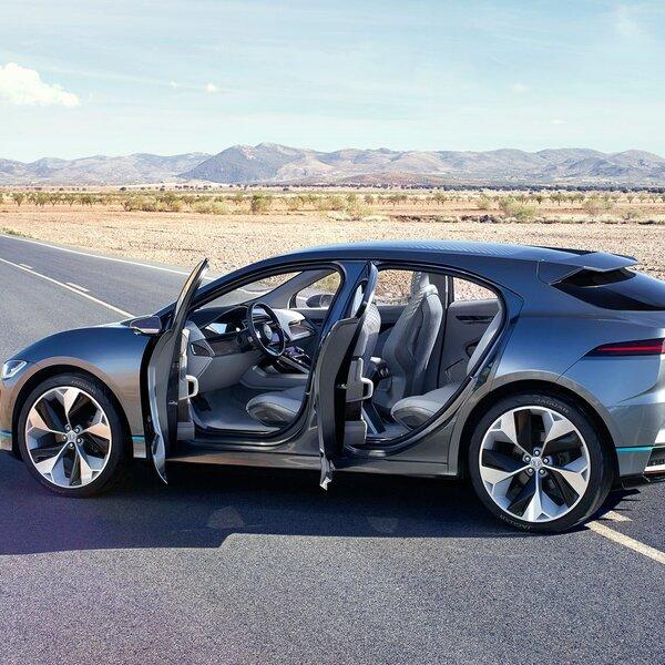 car talk the jaguar i pace. Black Bedroom Furniture Sets. Home Design Ideas