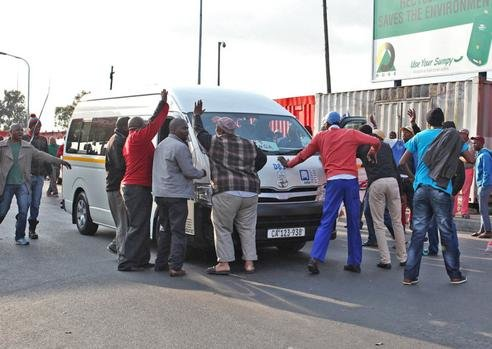 Nyanga Taxi shooting linked to turmoil between taxi associations.