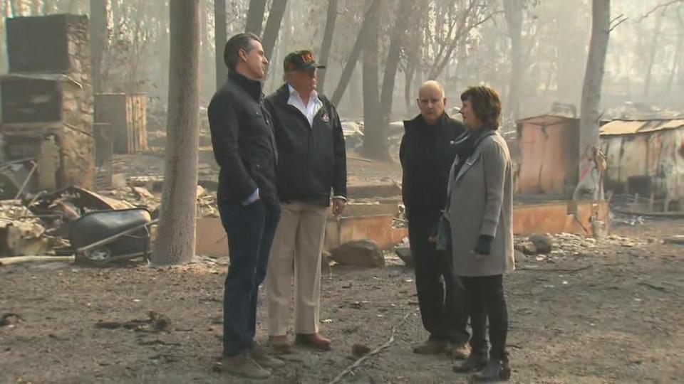 Trump tours fire-ravaged California towns