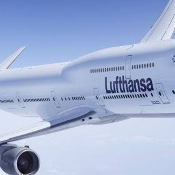 Travel Bug - Lufthansa cancels more than 1300 flights