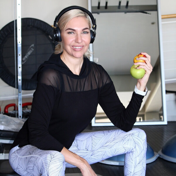 Fitness Friday's with Liezel V – Fitness tech: Training fitness apps or the gym?