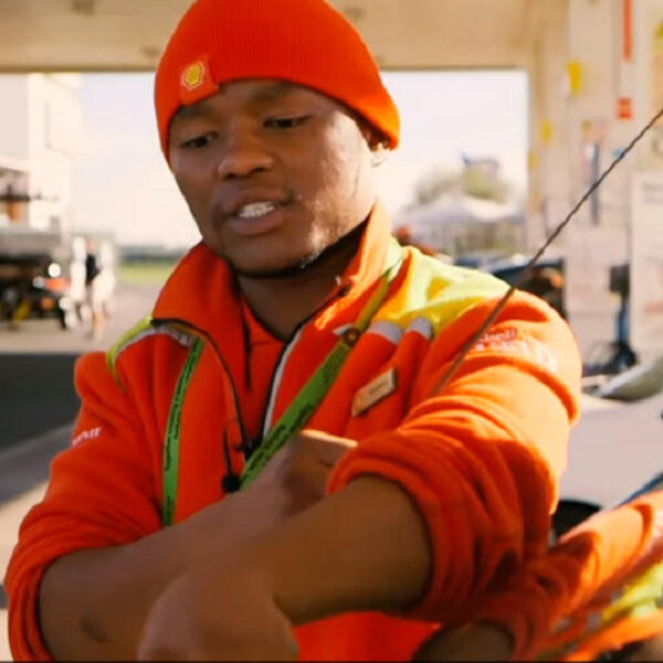 R100.00 Shell Attendant nominated as Lead SA hero for Youth Month