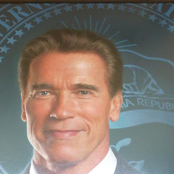 If Arnie was a rapper: 'Get To Da Choppa!' by Producer Brad