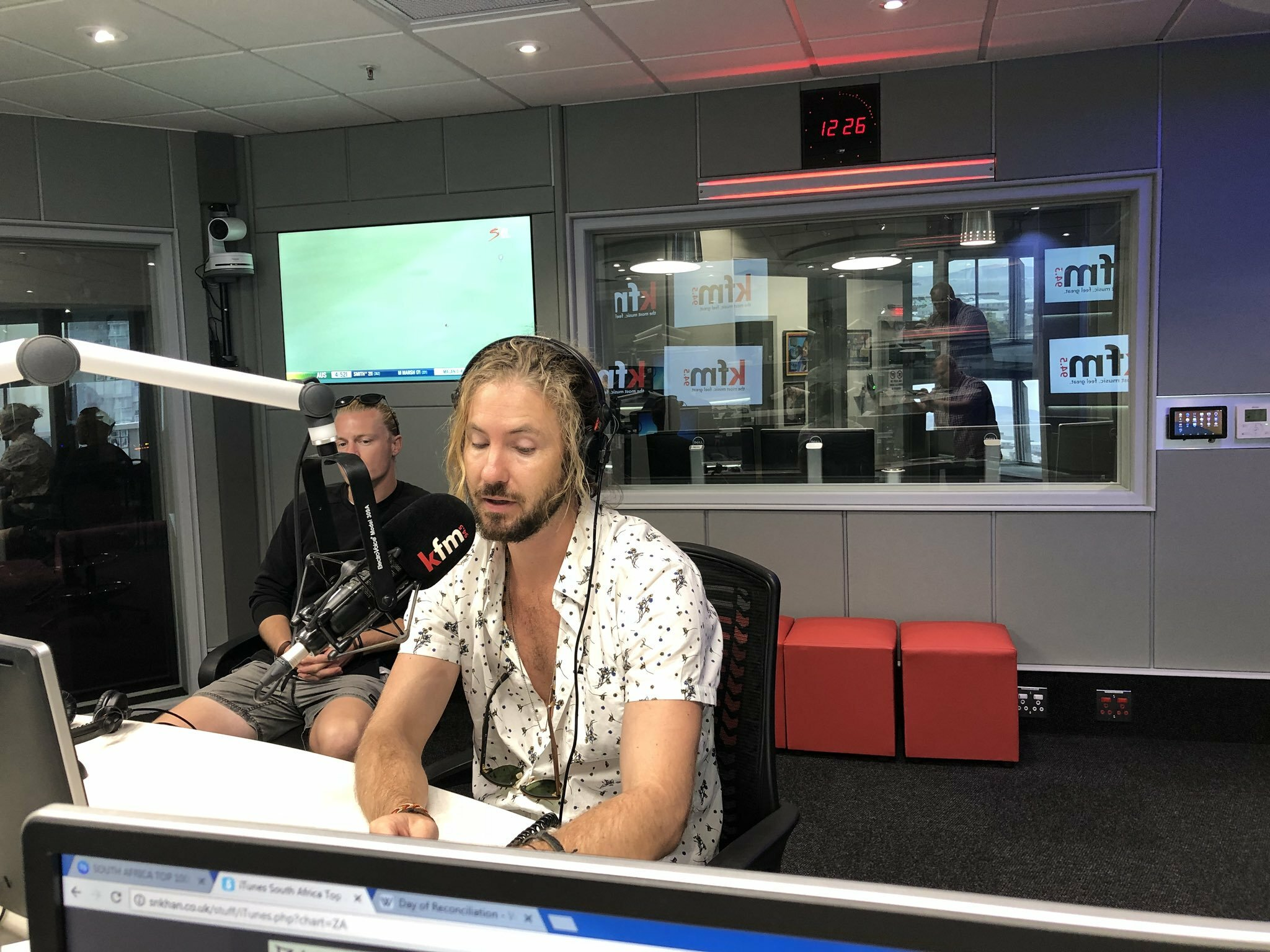 The #CokeTop40CT catches up with Jeremy Loops
