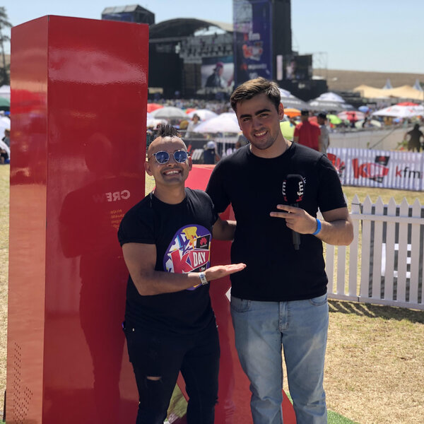 Liam Burger on the Kfm Top40 - LIVE  from Huawei KDay