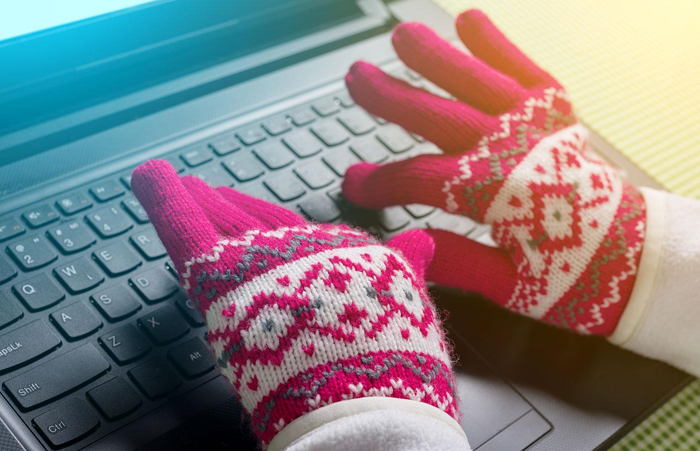 Barbs Wire - Women's brains work better in warmer offices, study finds