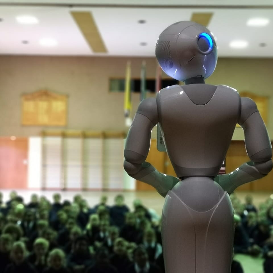 Microsoft brings Pepper the robot to South African education conference