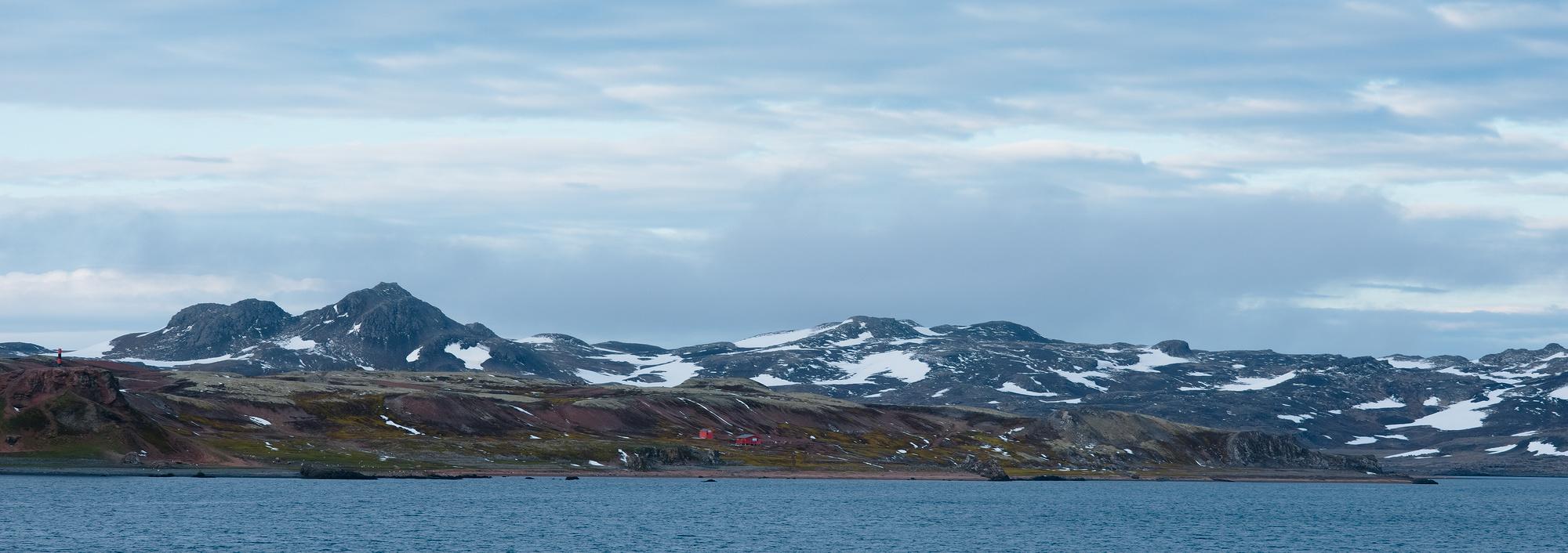 Icy Antarctic adventure of the SA Aghulas II