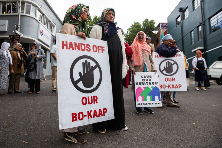 Bo-Kaap protesters block crane at high-rise building site
