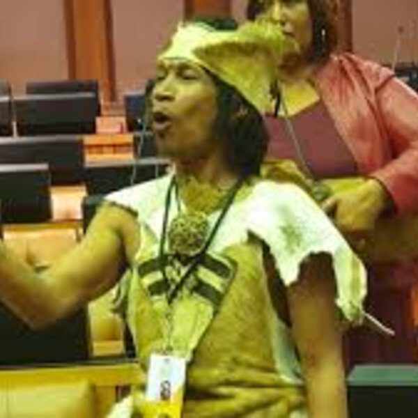 Imbongi from //Hui !Gaeb leads parliament in Khoekhoegowab