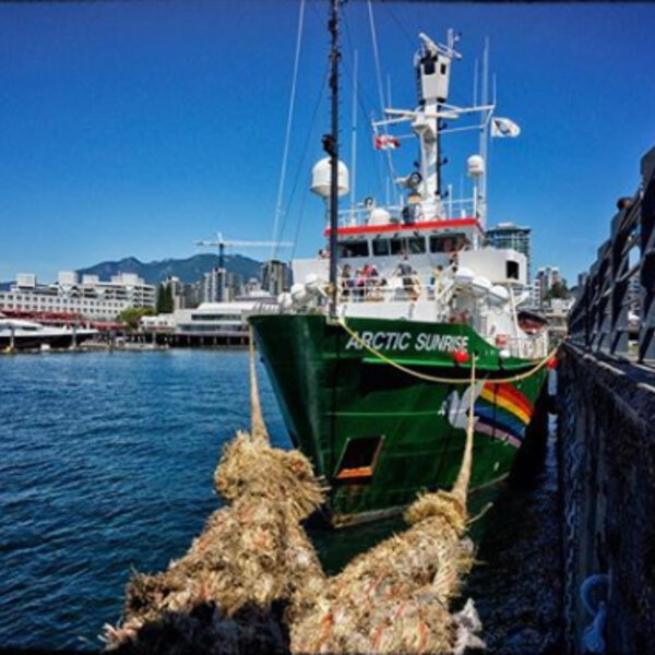 Green Peace Ship Arrives in Cape Town