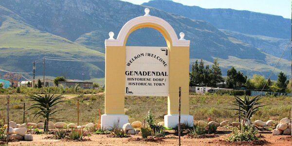 Small Dorpie Review: Genadendal