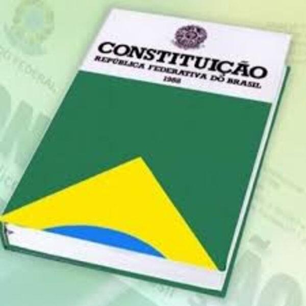 Nova Constituição em tempos de democracia é golpe... nem os militares querem!