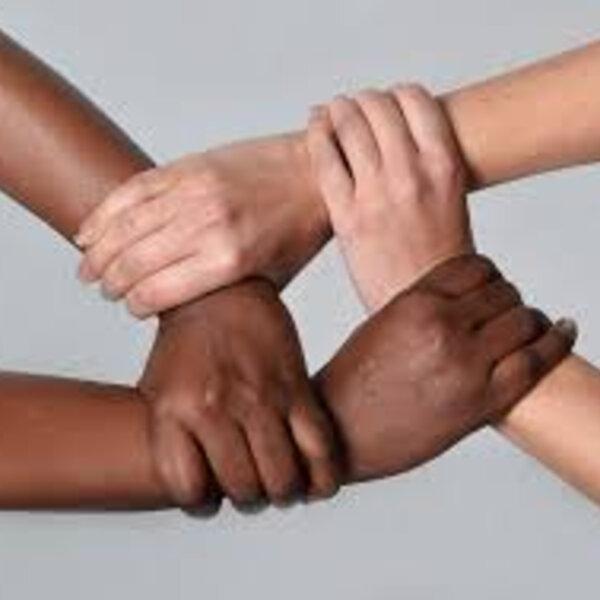 A Covid-19 é uma doença agravada pela dificuldade de respirar. O racismo também!
