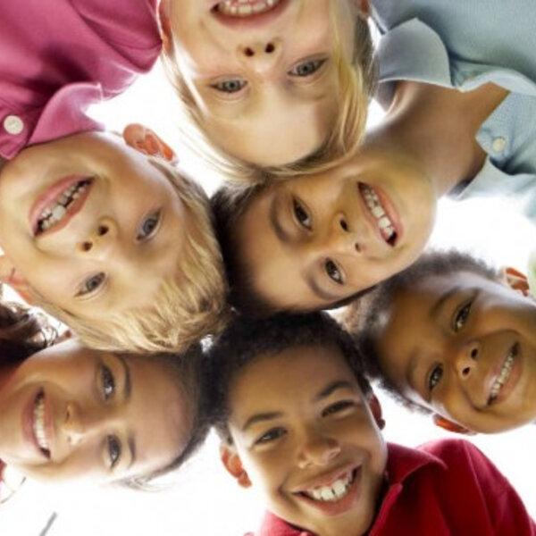 Precisamos ampliar o olhar das crianças pelo mundo