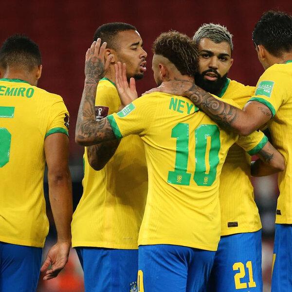 Os grandes nomes do futebol brasileiro estão na berlinda