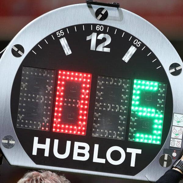 Fifa autoriza cinco substituições por jogo até o fim de 2020
