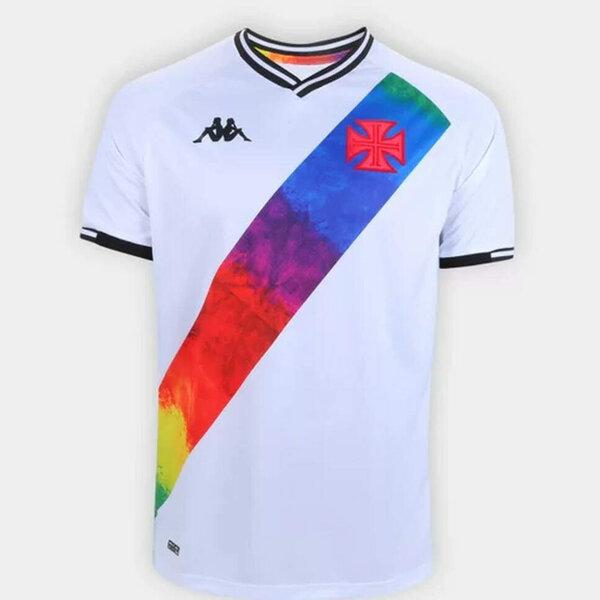 Vasco lançou camisa para homenagear o movimento LGBTQIA+ e gerou polêmica