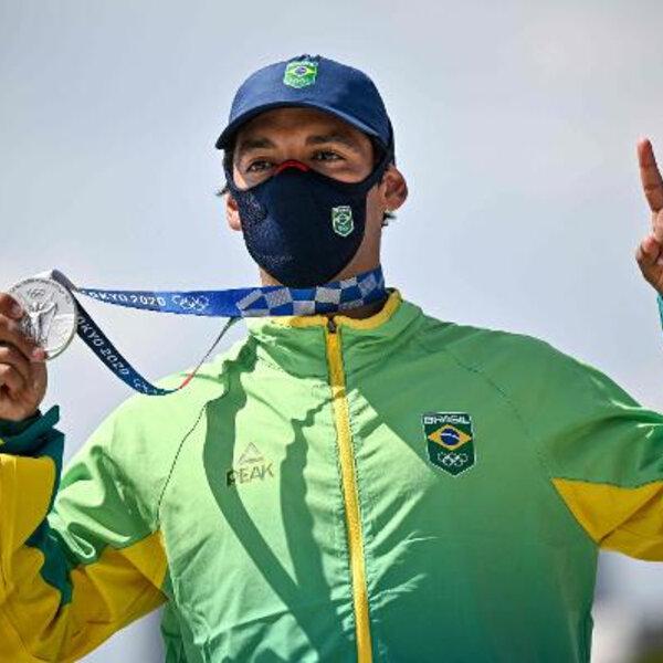 Kelvin Hoefler é prata no Street masculino! (Foto:  Jeff PACHOUD / AFP)