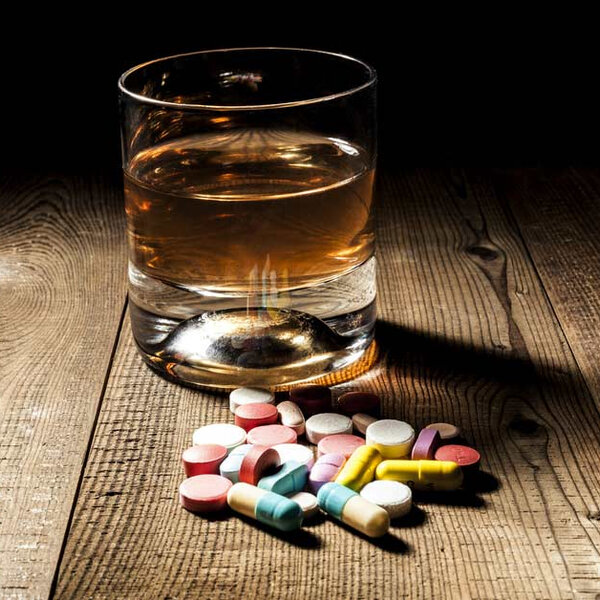 Remédio e álcool