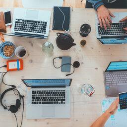 Quer se aprofundar nos diversos assuntos do mundo empresarial? Participe do Café de Negócios