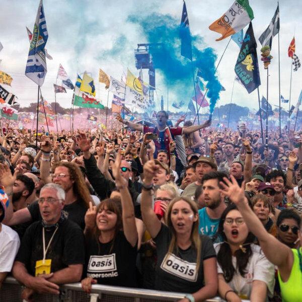Fundador do Glastonbury diz que festival pode voltar apenas em 2022