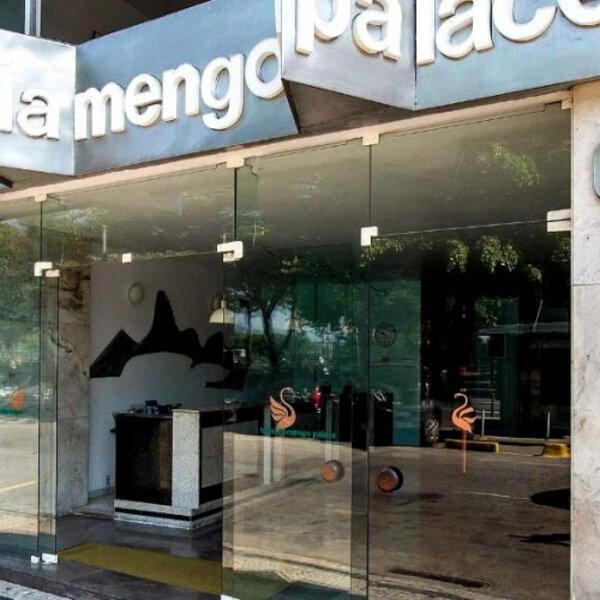 Você sabia que o Hotel Flamengo Palace está passando por um retrofit para se transformar em um residencial contemporâneo, tecnológico e com serviços? Confira os detalhes na entrevista com Daniel Afonso, diretor da D2J, construtora responsável pela compra e transformação do novo residencial