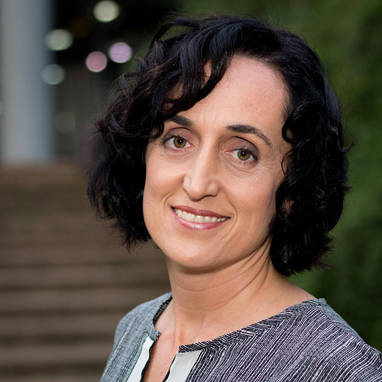 Márcia Peltier conversa com a doutora em Neurociências e Comportamento Claudia Feitosa