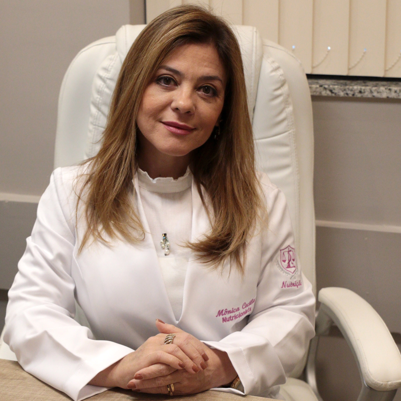 Márcia Peltier conversa com a nutricionista Mônica Cecília Araújo
