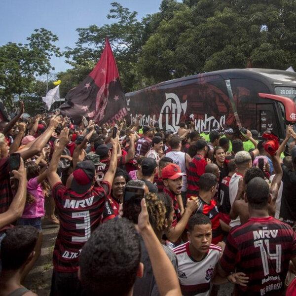 Flamengo embarca para disputar o Mundial de Clubes
